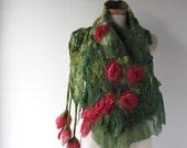 Nuno Felted  scarf,  Green red felted scarf,  spring floral scarf, triangle scarf, women felt shawl by Galafilc