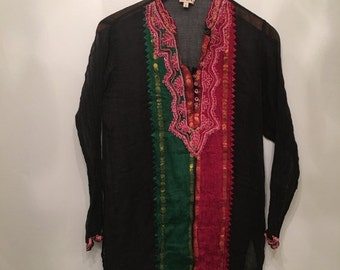 ON SALE Vintage Black Indian Embroidered Tunic • Bohemian Top • Gauze  Cotton Tunic