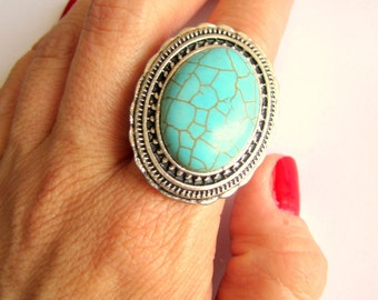Statement Turquoise Howlite Stone ring , bohemian ring, Boho chic, Proteccion jewelry, Chunky ring