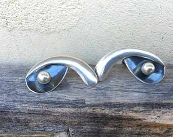 Vintage Modernist Taxco Sterling Mexican Earrings Screw Backs by Melicio Rodriguez