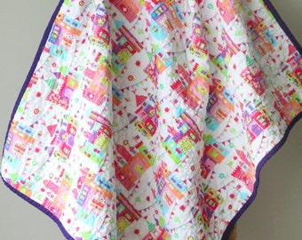 Baby Castle Quilt, Modern Baby Quilt, Baby girl Quilt, Nursery Bedding, Princess Castle Quilt, Pink and Purple, Handmade Quilt