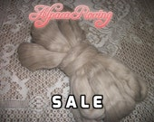 20% off SALE - Fawn Alpaca Roving - Spinning, Felting, Crafts - 4 oz Baby Grade Low Micron Top - Tan