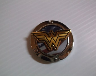 Wonder Woman 3-D Purse Hanger