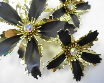 Vintage Kitsch Enamel Flower Brooch Pin With Matching Clip Earrings Black Gold Rhinestone Centers Set Lot Costume Jewelry