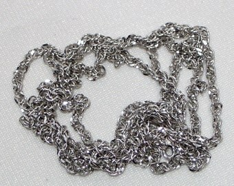 """Beautiful 10k sparkly white gold serpentine chain ~ 32"""" long ~ 8 grams heavy ~ made in Italy ~ Italian necklace - 10 carat solid"""
