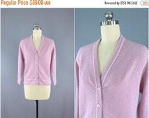 SALE 50% OFF - Vintage Lavender Sweater / Knit Cardigan / 1970s 70s Cardi  / Size Small S P