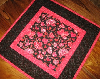 Valentines Day Quilted Table Topper, Pink and Red Hearts on Black, Valentines Day Table Mat, Valentine Decor, Quilted Table Topper Handmade