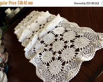Hand Crochet Table Runner in White - Vintage Wagon Wheel Patterned 13678
