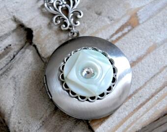 Antique Silver Locket Necklace, Light Green Shell Button Necklace, Vintage Button Locket, Rhinestone Locket, Filigree Necklace Green Jewelry