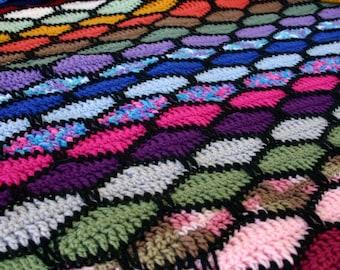 Crochet afghan wavy scrap yarn stripes throw blanket colorful bedding black pink blue green brown red orange yellow purple pretty home decor