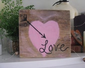 Rustic Heart Sign  Valentines Day Love Arrow Heart