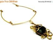 Brass Necklace Choker, Gold Choker Necklace, Black Stone Choker, Baroque Choker, Black Pendant, Vintage Style, Wire Wrap Pendant