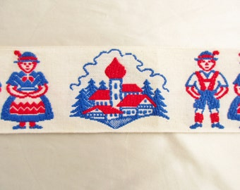"Happy Couple Embroidered Vintage Trim 38"" Long"