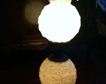 vintage fenton popy gone with the wind lamp white milk glass