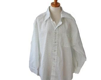 50% half off sale // Vintage 70s Mens Dress Shirt - White Green Dots - 2XL Belgrave Square, Career Club NOS