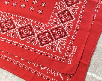 Vintage 1950's Elephant Red Bandana 16.5x16.5 small Fast Color Square geometric abstract print cotton selvedge #6