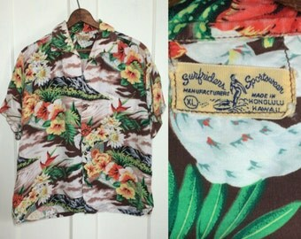 1950's Colorful silky Rayon Hawaiian Palm Tree Flower Volcano Patterned Loop Shirt size XL Surfriders Sportswear made in Honolulu Hawaii