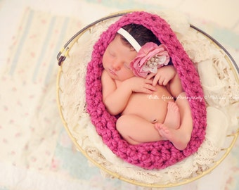 Chunky Baby Bowl Newborn Egg in Raspberry Pink