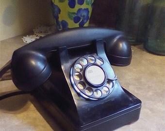 Vintage Antique Bakelite Telephone 1940's 1950's
