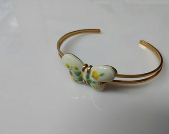 Avon Burst of Spring cuff  Bracelet 1978