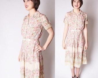 FLASH SALE ends Feb 15th 70s Floral Pastel Dress / 1970s Dresses / Pastel Floral Dresses / 70s Dresses / Vintage Floral / 2291