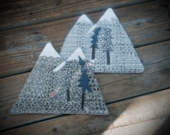 Mountain mug rug, mountain coaster, large coaster, table mat