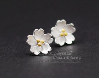 Flower earrings Sterling silver sakura stud earrings Tiny silver sakura flower studs sakura post earring Dainty Bridal everyday jewelry