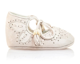 Beige Baby Shower Girl Shoes Baby Moccasins Baby Shower Shoes Ivory Baby Shoes Girl Shoes Baby Shoes by Vibys