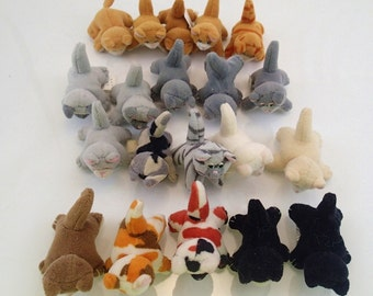 Galoob Pound Purries Kitty Cats Puppies Lot of 20 Mini Plush Brown Tan Gray White black Cream Vintage Miniature Mini Tiny Farm Animal 90s