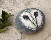 Owl Totem Hand Painted Stones BARN OWLS Rock Art Animals Spirit Guide Artwork Stone ART Paperweight Altar Tools Nature Paintings Tyto Alba