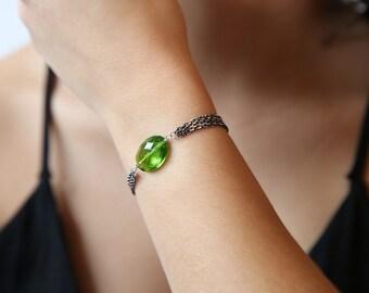 Parrot Green Quartz Gemstone Bracelet