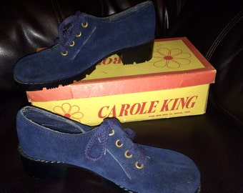 Vintage 1970s Blue Suede Oxford Shoes, Never Worn Size 6M, Carole King Disco Hippie Deadstock