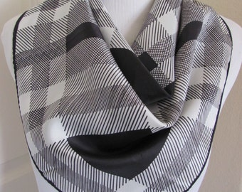 "Glentex // Beautiful Black White Plaid Acetate Scarf // 22"" Inch 56cm Square"