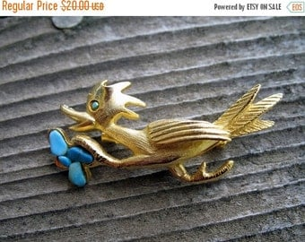 Darling Roadrunner  Figural Gold Brooch with Turquoise  Circa 1950s In Mint Condition