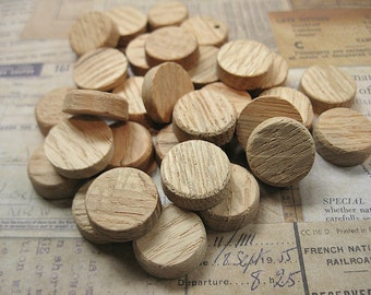 31 Small Wooden Discs