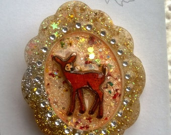 Glitzy woodland deer brooch