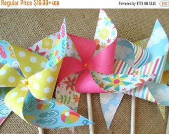SALE 50% OFF Paper Pinwheels Wedding Favors Party Favors Birthday Favors Birthday Decoration Beach Party Pool Party Table Centerpiece Party