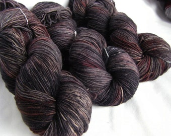 Superwash Wool and Nylon Fingering - Super Tough Sock Yarn - Achilles Sock -Dingy