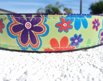 """Sale Dog Collar Hippy Flowers 1"""" width side release buckle adjustable - martingale style is cost upgrade"""