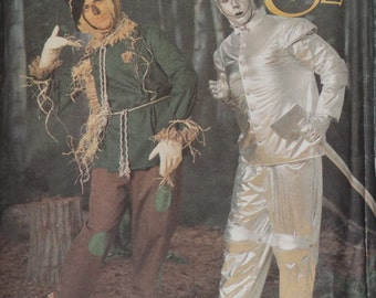 "Adult Wizard of Oz Pattern, Tinman, Scarecrow, Halloween Costume, Simplicity No. 7820 UNCUT Size XS S M L XL (Chest 32-48"" 81-122cm)"