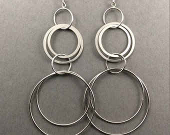 Modern Earrings With Muti Ring Silver Connectors