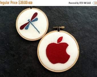 Christmas in July Sale Dragonfly & Apple - hand-embroidered hoop art home decor wall wear by mlmxoxo