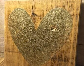 "Glitter Heart on Reclaimed Wood 6"""
