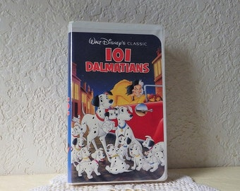 VHS  101 Dalmations in White Clamshell Case with Black Diamond Classic Logo on spine, 1992