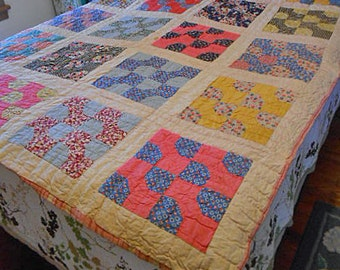 FEEDSACK BOWTIE QUILT 1930s Hand Pieced Patchwork Boho Colors, Quilted Yellow Red Blue Pink, Comfy Farmhouse Bedspread 64 x 80 Single or Dbl