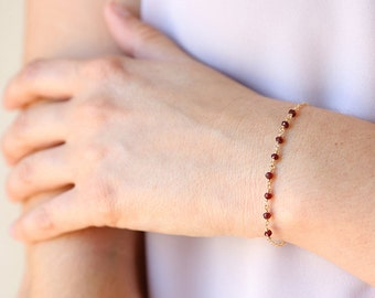 Dainty Garnet Beaded Bracelet // 14K Gold Filled // Sterling Silver// Rose Gold// simple everyday modern layering bracelet