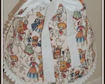 Day of the dead apron, dia de los muertos, skeleton party apron, skeleton waitress apron, skeleton vendor apron, dancing skeleton apron