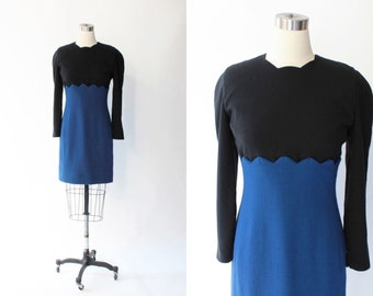 SALE // Vintage Carolina Herrera Scalloped Wool Dress // 1980s Black & Blue Long Sleeve Dress // Medium