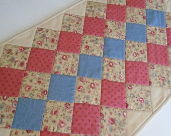 Quilted Table Runner, Floral Table Runner, Table Quilt, Quilted Table Topper, Dresser Scarf Runner, French Reproduction, Patchwork Runner