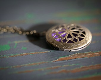 Diffuser Necklace, essential oil locket, bronze necklace